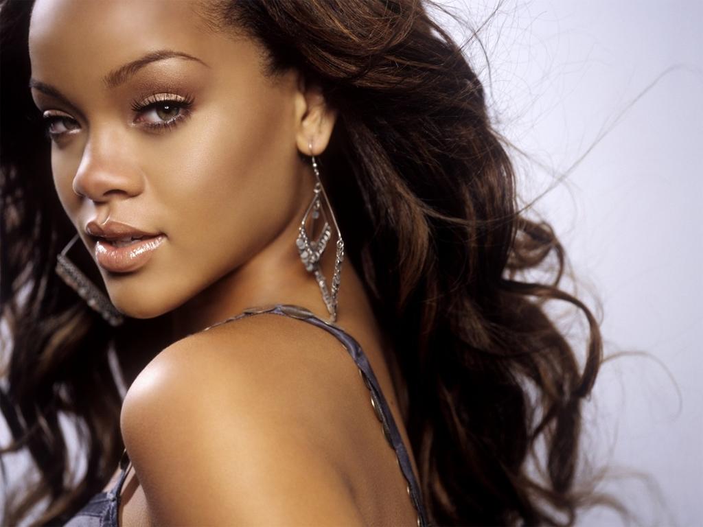Rihanna - Rihanna Photo (125970) - Fanpop Rihanna