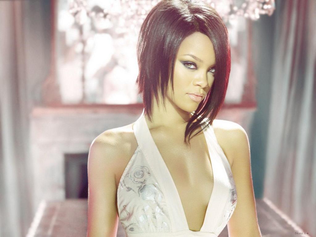 http://images.fanpop.com/images/image_uploads/Rihanna-rihanna-584219_1024_768.jpg