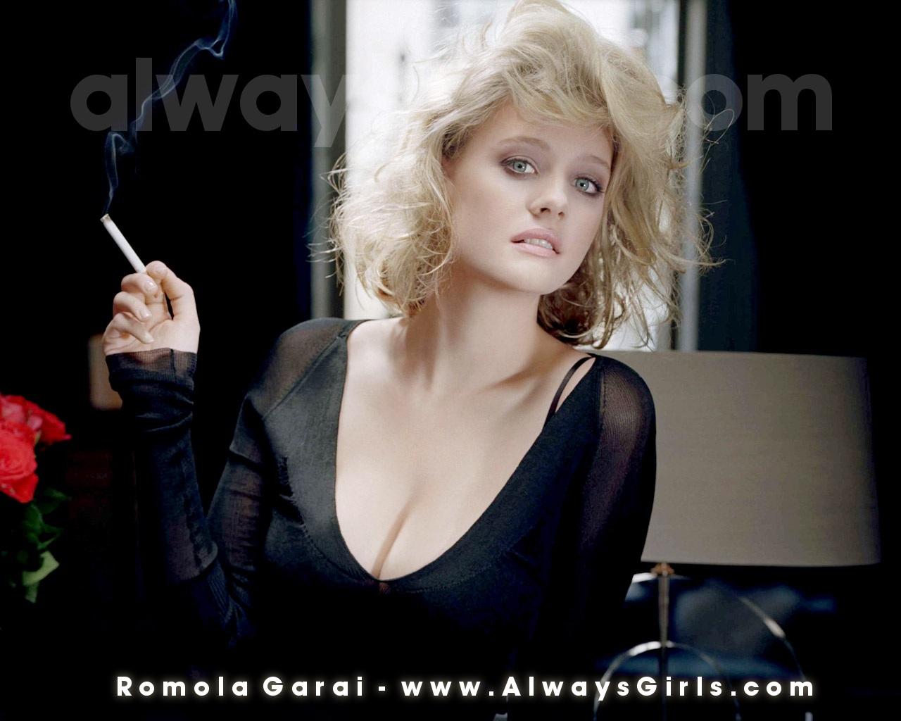 Genine Graham,Danielle Sharp Erotic pic Katharine Hepburn,Kathryn Reynolds