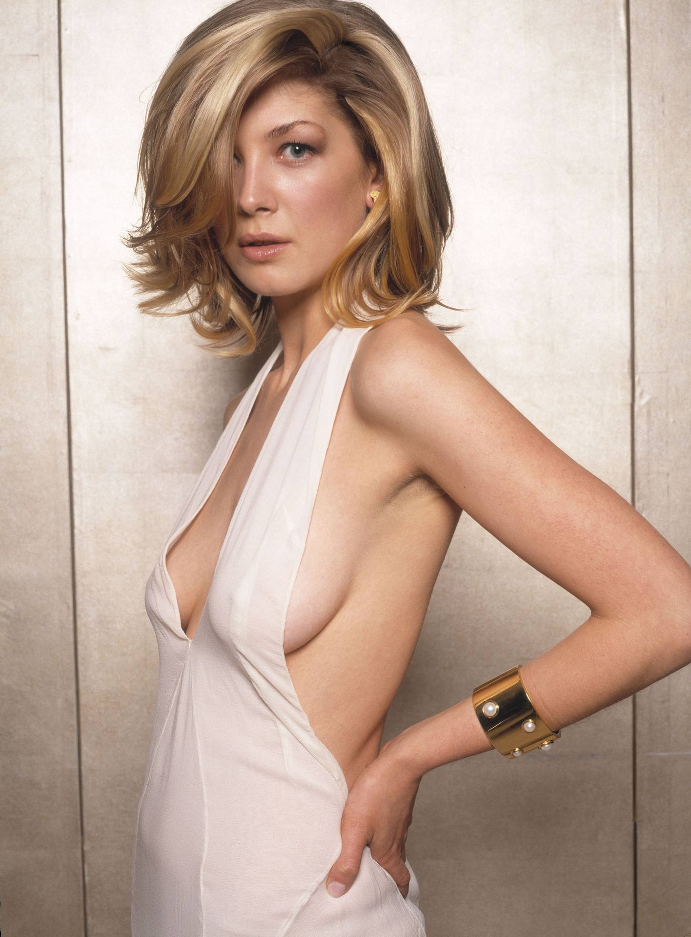 rosamund pike   actresses photo 779486   fanpop   page 2