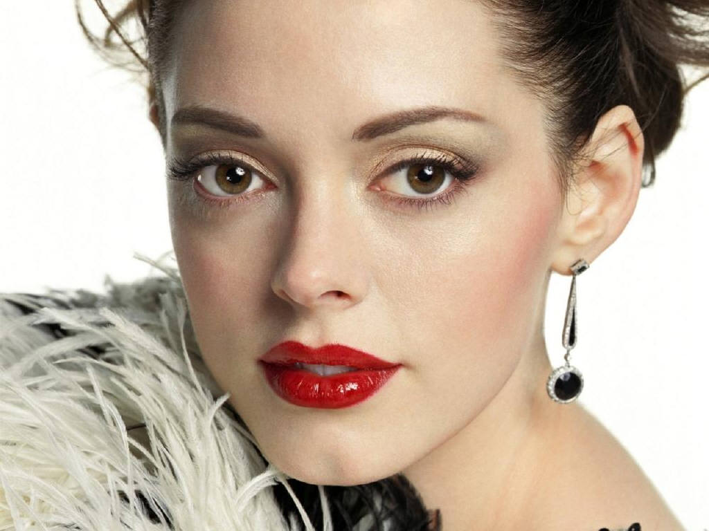 http://images.fanpop.com/images/image_uploads/Rose-rose-mcgowan-269992_1024_768.jpg