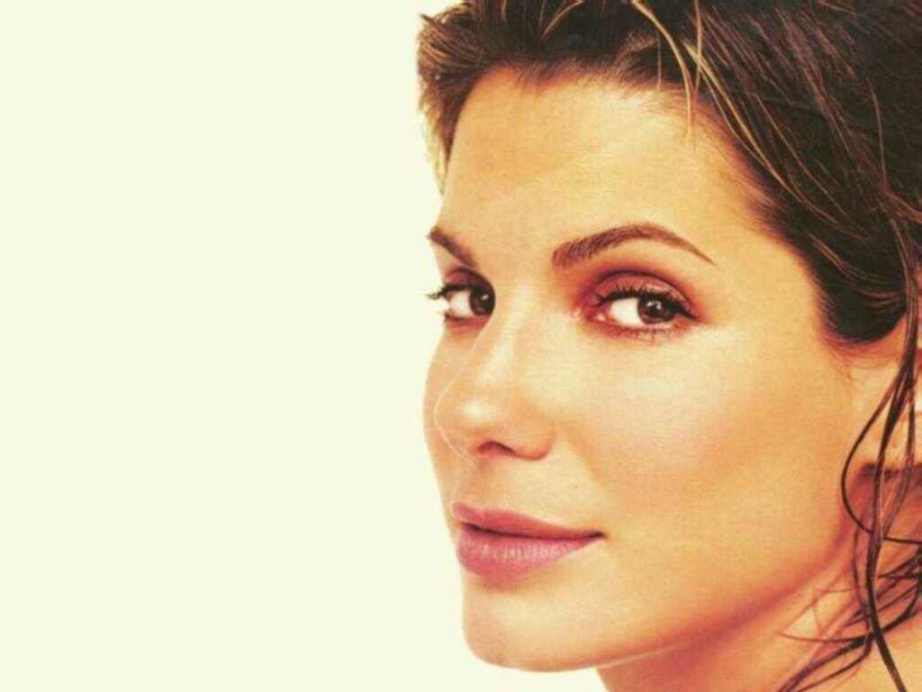 Sandra-Bullock-sandra-bullock-87426_1024_768.jpg: picstopin.com/1168/sandra-model-image/http:||i93*photobucket*com...