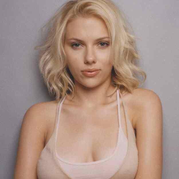 Scarlett Johansson S Natural Hair Color
