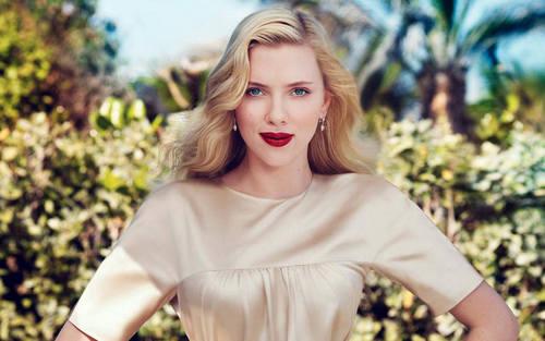 스칼렛 요한슨 바탕화면 titled Scarlett Johansson