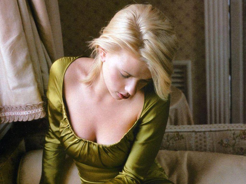 Scarlett Johansson - scarlett-johansson Wallpaper