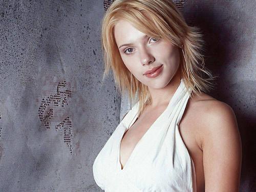 Scarlett Johansson Hintergrund titled Scarlett Johansson