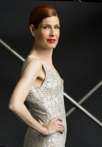 Season 3: Laura Bennett