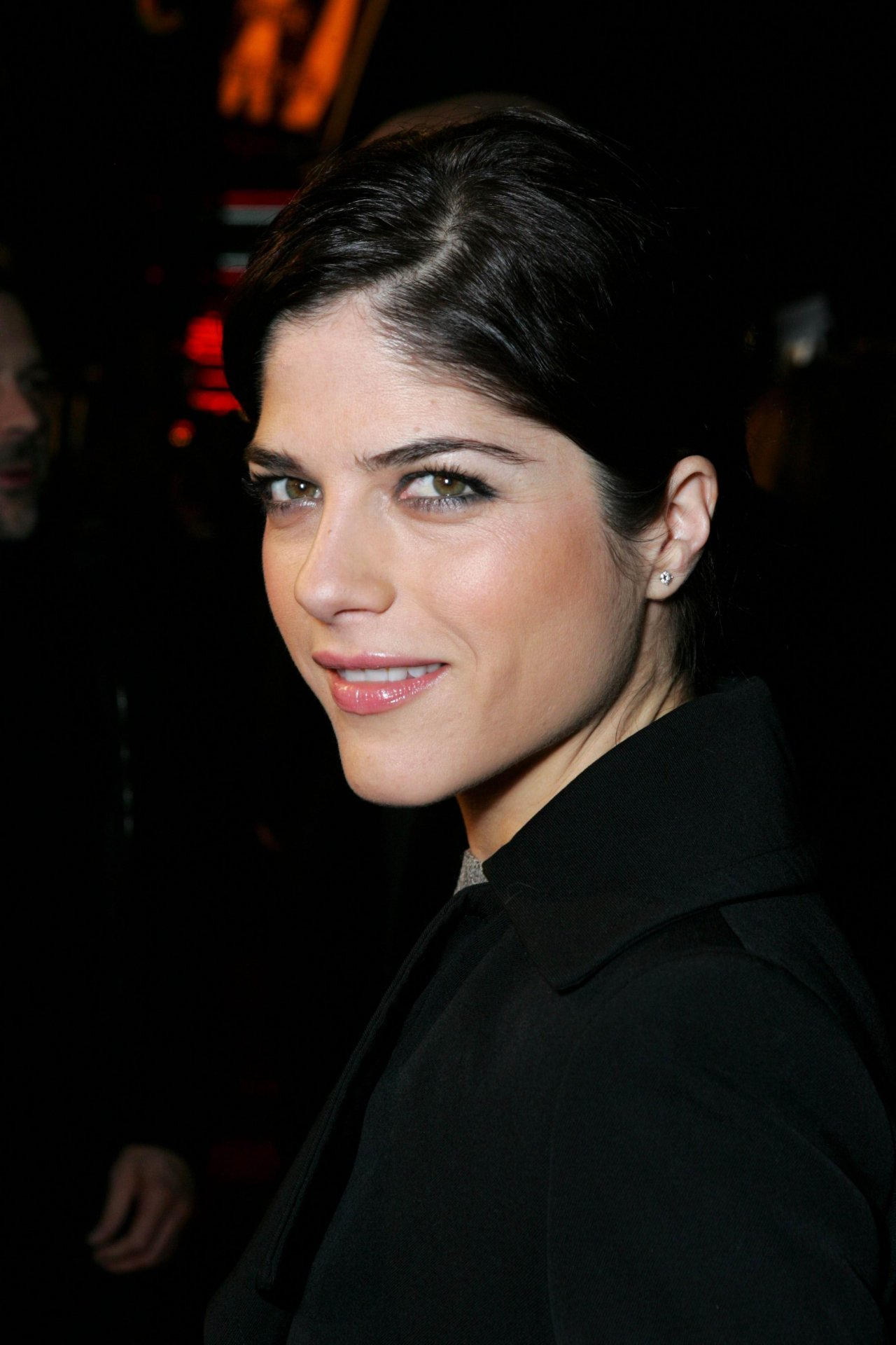 how tall is selma blair