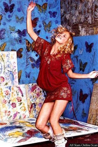 Vogue wallpaper entitled September 2002: Kate Hudson
