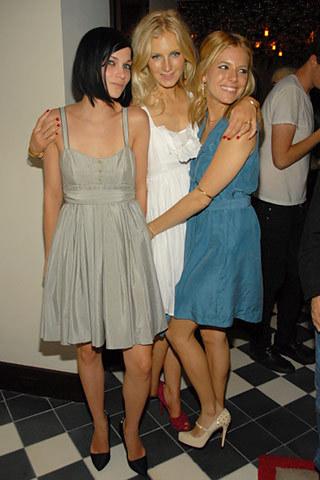 Sienna, Savannah& Leigh Lezark