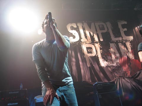 Simple Plan wallpaper titled Simple Plan Live