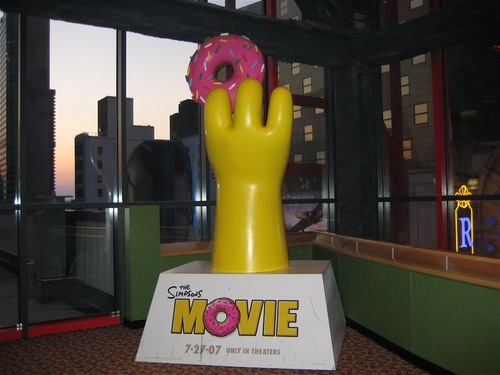 Simpsons Movie Statue