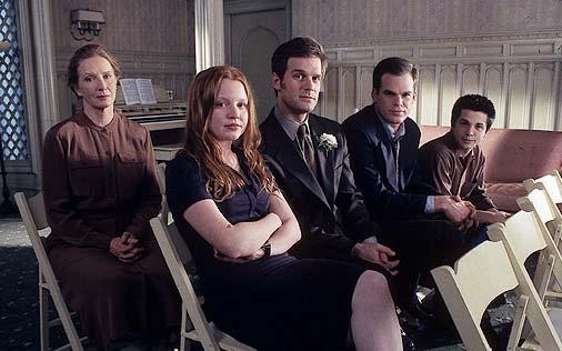 Six Feet Under Tv Show: Best Cast Of A TV Show?