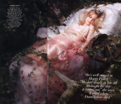 Sleeping Beauty - dakota-fanning Photo