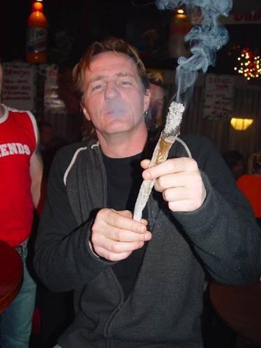 Марихуана Обои entitled Smoking