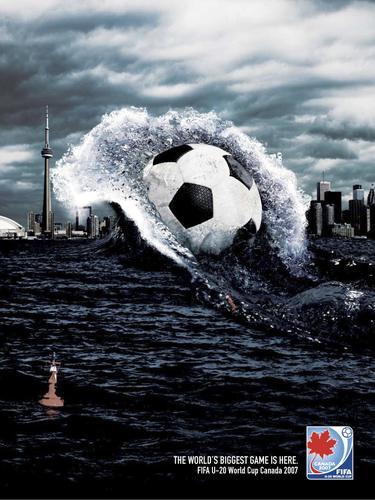 bóng đá Takes Over the World