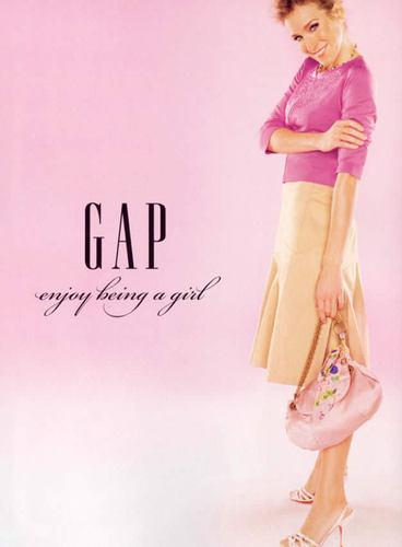 Gap wallpaper titled Sp/Su 05: Sarah Jessica Parker