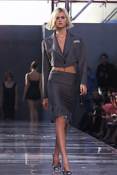 Spring 2001: Ready To Wear