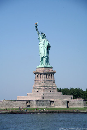 New York wallpaper entitled Statue of Liberty