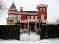 Stephen King's House in Bangor - stephen-king wallpaper