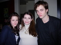 Stephenie Meyer with  the cast - stephenie-meyer photo