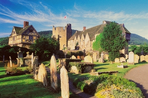 Stokesay قلعہ