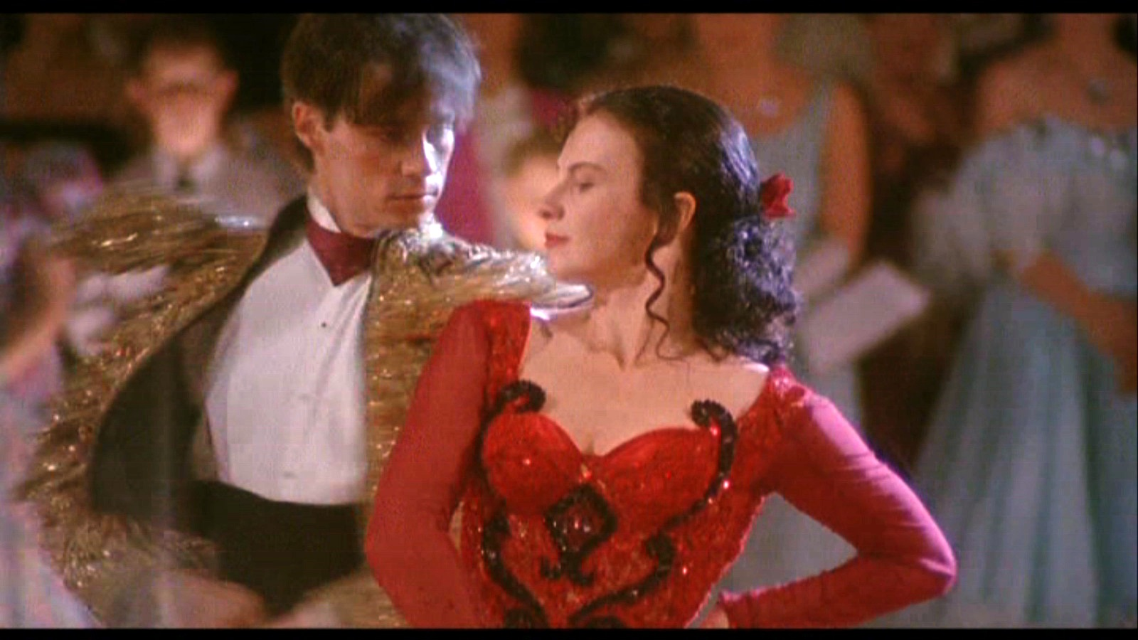 http://images.fanpop.com/images/image_uploads/Strictly-Ballroom-baz-luhrmann-749298_1600_900.jpg
