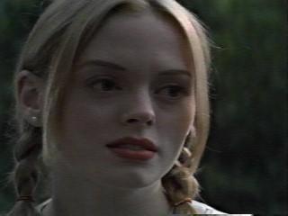 Tatum(Rose McGowan)