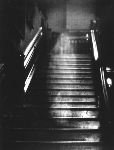 Urban Legends wallpaper titled The Brown Lady of Raynham Hall