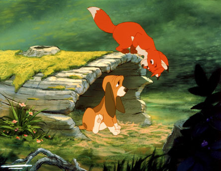 Bora ya Disney karatasi la kupamba ukuta called The fox, mbweha and the Hound