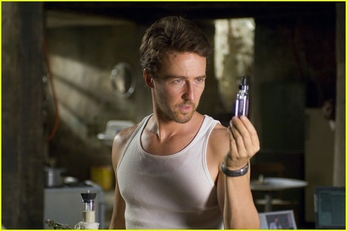 Edward Norton fond d'écran called The Incredible Hulk
