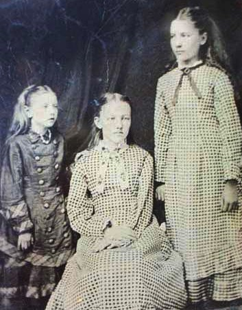 Laura Ingalls Wilder images The Ingalls Sisters wallpaper and background photos
