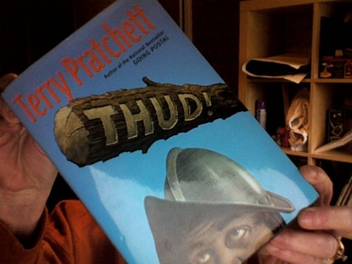 Books to Read wallpaper entitled Thud!