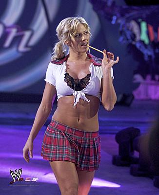 Torrie Wilson پیپر وال entitled Torrie Wilson - SmackDown