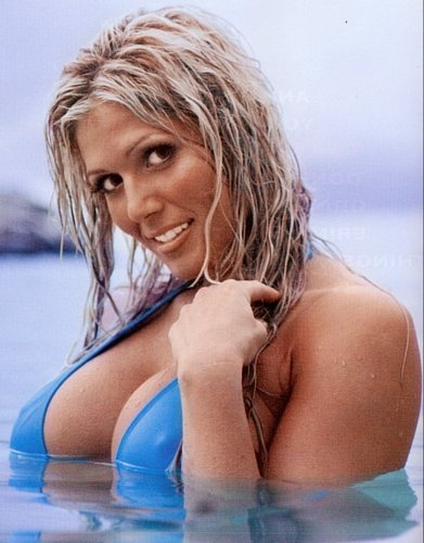 Торри Уилсон Обои called Torrie Wilson - blue watwer