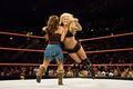 Torrie vs Mickie