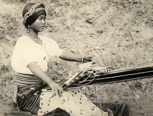 Traditional weaving - the-philippines Photo