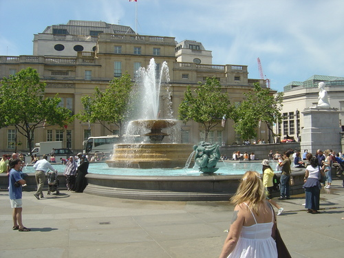 Trafalgar Square Fountain - london Photo