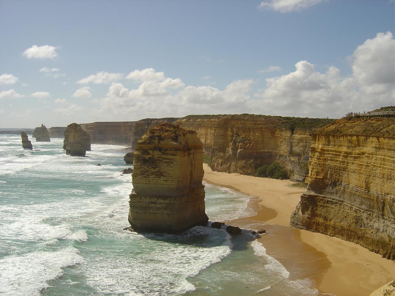 Twelve Apostles Australia Pictures to pin on Pinterest