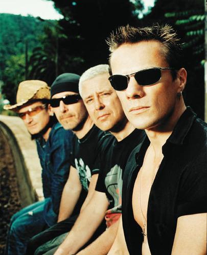 U2 壁紙 called U2