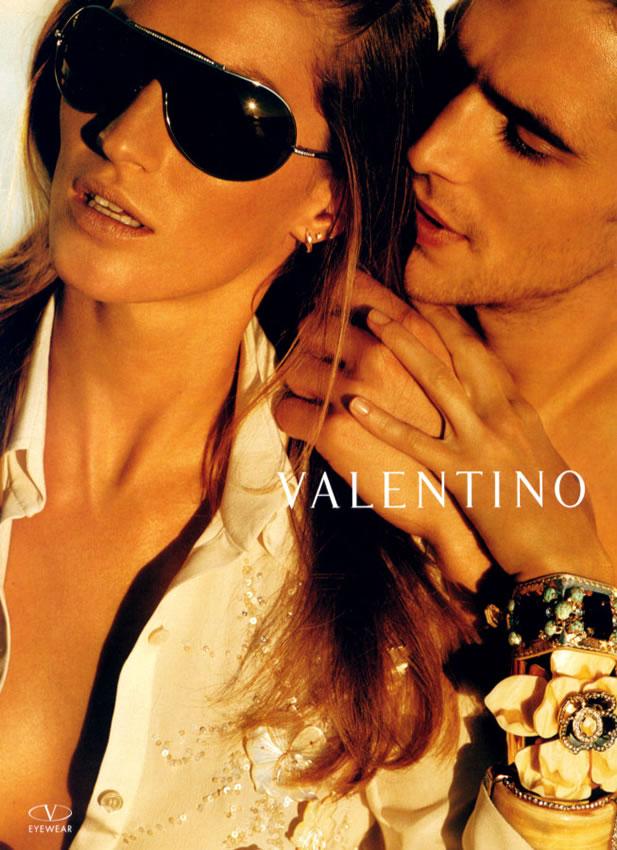 Valentino Ad w/Gisele - Gisele Bundchen Photo (144179 ... Gisele Bundchen Facebook