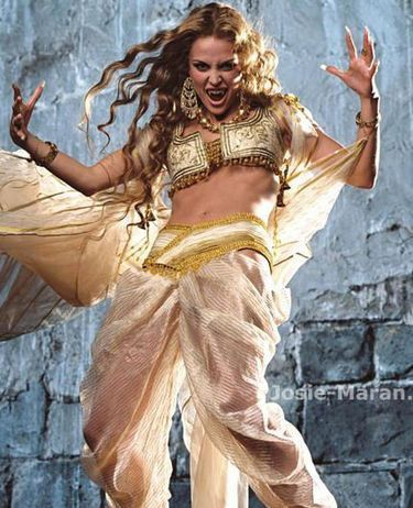 http://images.fanpop.com/images/image_uploads/Vampires-vampires-366769_375_462.jpg