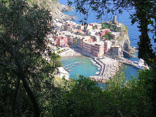 Italy 바탕화면 called Vernazza