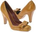Vince Camuto Shoe