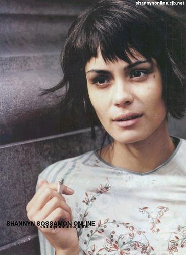 Vogue (Italy) - February 2002