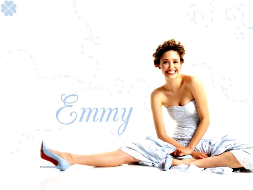 Wallpaper - Emmy Rossum Wallpaper (549649) - Fanpop Emmy Rossum Wallpaper