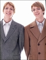 Weasley Twins - famous-twins photo