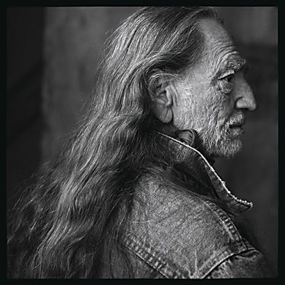 Photo - Page 3 Willie-Nelson-annie-leibowitz-142530_400_400