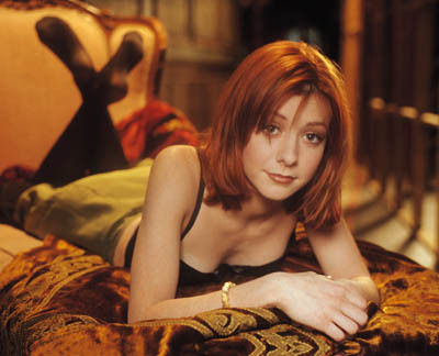 [Image: Willow-buffy-the-vampire-slayer-673872_400_324.jpg]