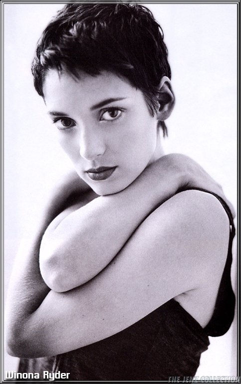 Winona Ryder - Photos Hot
